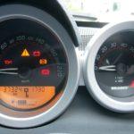 車のバッテリー!寿命の判断には電圧で見るの?